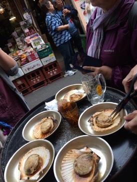 Scallops at Tsukiji market