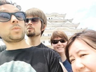Daifuku Gang in front of the castle